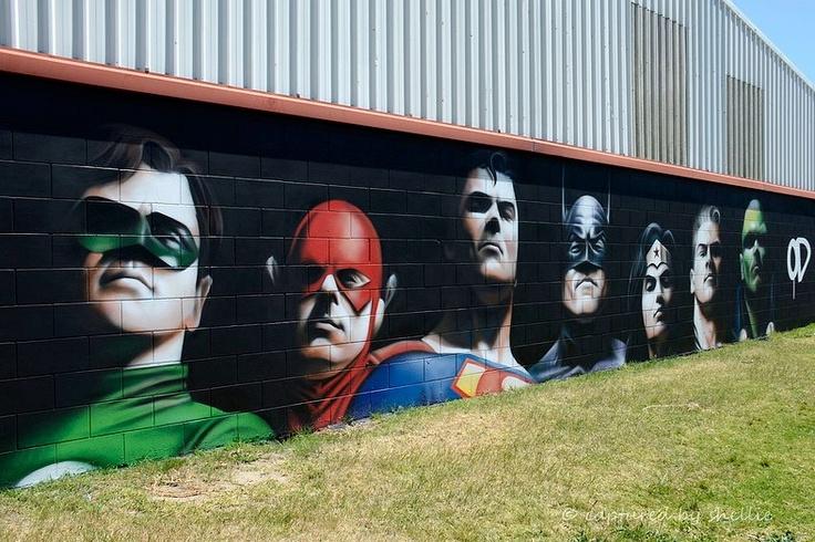Street Art & Humor: SuperEroi... o quasi!