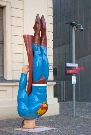 Street Art & Humor: SuperEroi... o quasi