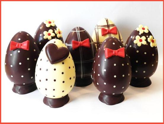 Decorare le uova di pasqua idee e immagini - Idee per decorare le uova di pasqua ...