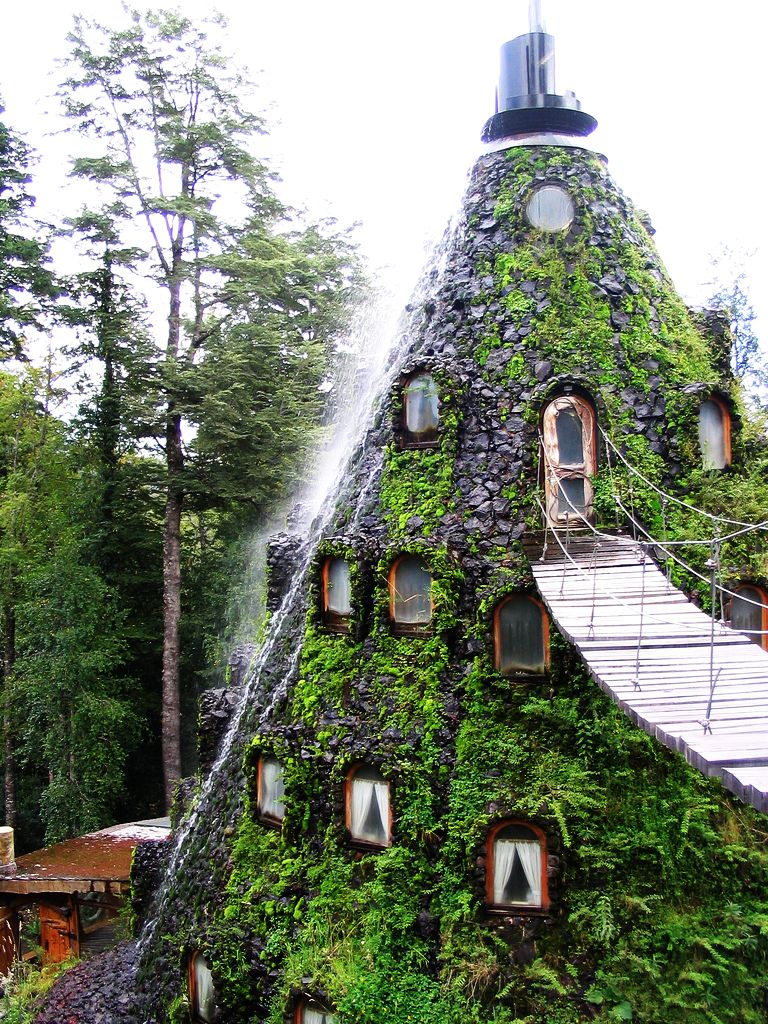 Pillolina Magic-Mountain-Lodge-Chile