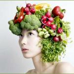 Cibi che fanno invecchiare: 5 alimenti tabù per la pelle