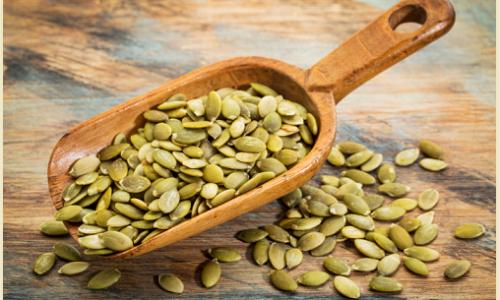 Come riutilizzare i semi di zucca per il benessere del cuore e dei capelli