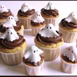 Cupcakes Halloween: facili dolcetti a tema fantasmatico e di grande effetto
