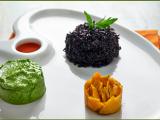 Riso nero con zucca marinata e avocado