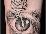 Whole Glory e i tatuaggi al buio