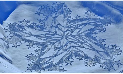 Snow Art: i disegni magici di Simon Beck sulla neve