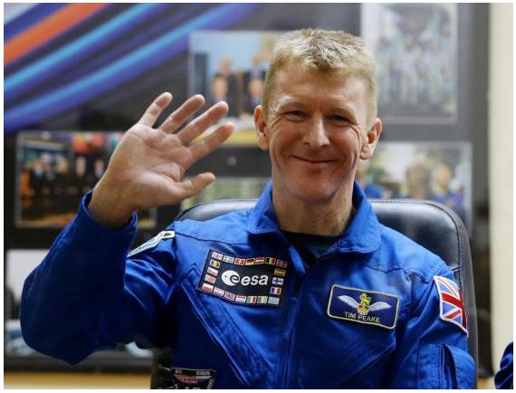 """News telefoniche: """"Spazio chiama terra"""" astronauta britannico sbaglia numero!"""