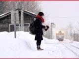 Giappone, stazione aperta per una passeggera solitaria