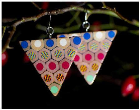 Orecchini composti con matite colorate KOH-I-NOOR, edizione JUMBO