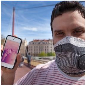 Sciarpa anti smog in arrivo dalla Francia. Si chiama Wair