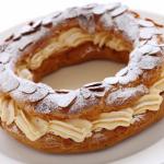 Ciambella Paris Brest, dalla Francia una golosità ricca di crema
