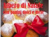 Albero natalizio con panini dolci e mele, facile dessert delle feste