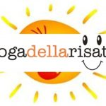 Yoga della risata: ridere senza motivo fa bene alla salute
