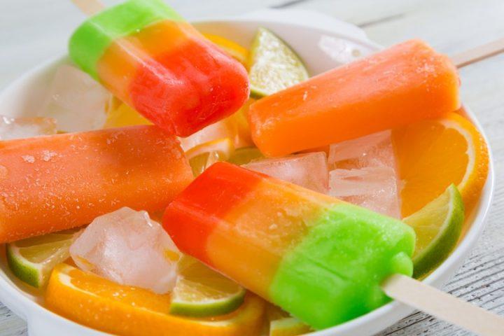 Ghiaccioli fatti in casa: fresca ricetta dell'estate