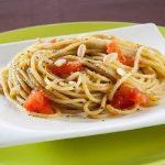 Pasta al pesto di lattuga light: fresco primo piatto estivo