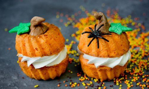 Ciambelline alla zucca: simpatica e golosa ricetta a tema Halloween