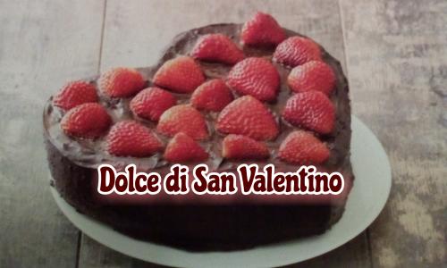Dolce di San Valentino, facile torta a forma di cuore
